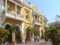 Colonial architecture 500