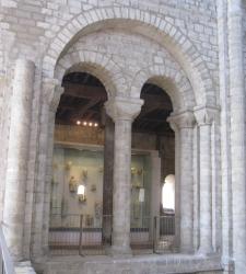 Triforium arch